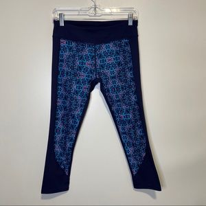 Fabletics Navy Printed Cropped Leggings size S